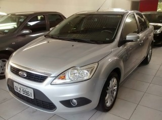 FORD FOCUS 2013  2.0 SE SEDAN AUTOMÁTICO  - Carango 66589