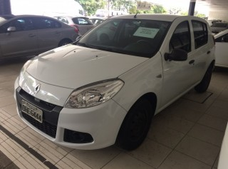 RENAULT SANDERO 2013 1.0 AUTHENTIQUE 16V HI-FLEX 4P MANUAL - Carango 66356