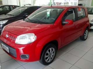 FIAT UNO 2013 1.4 VIVACE CELEBRATION 4P FLEX - Carango 68571