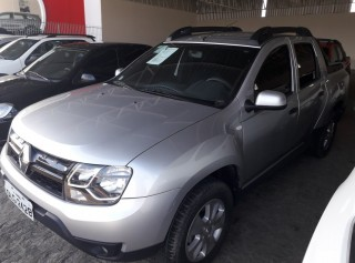 RENAULT DUSTER OROCH 2017 1.6 16V FLEX DYNAMIQUE 4P MANUAL - Carango 69220