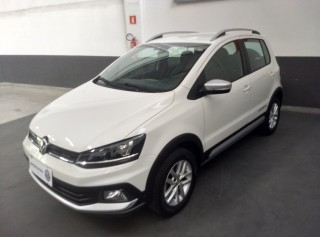 VOLKSWAGEN CROSSFOX 2015 1.6 MI 8V TOTAL FLEX 4P MANUAL - Carango 69600