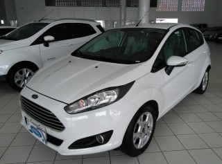 FORD NEW FIESTA 2016 1.6 SE HATCH 16V FLEX 4P POWERSHIFT - Carango 71292