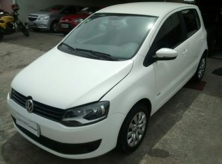 VOLKSWAGEN FOX 2014 1.6 MI 8V TREND FLEX 4P MANUAL  - Carango 71695