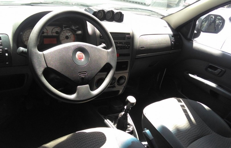 FIAT STRADA 2012 1.8 MPI ADVENTURE CD 16V FLEX 2P MANUAL - Carango 67345 - Foto 6