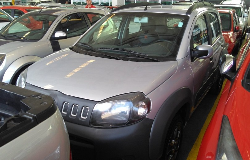 FIAT UNO 2013 1.0 EVO WAY 8V FLEX 4P MANUAL - Carango 67346 - Foto 1