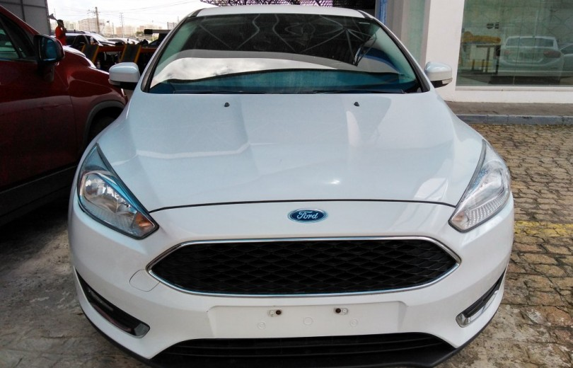 FORD FOCUS 2016 2.0 SE HATCH 16V FLEX 4P POWERSHIFT AUTOMÁTICO - Carango 67253 - Foto 2