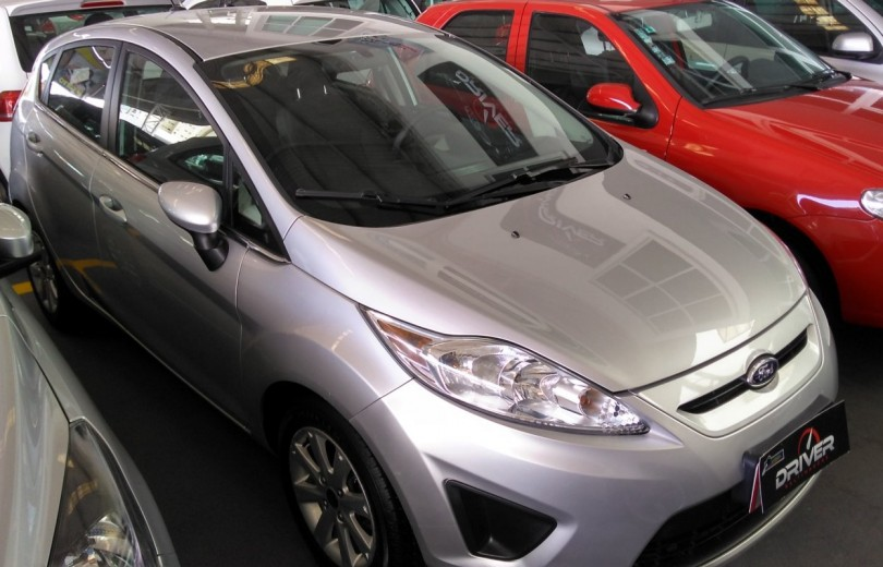 FORD NEW FIESTA 2013 1.6 HATCH 16V FLEX 4P MANUAL - Carango 67370 - Foto 2