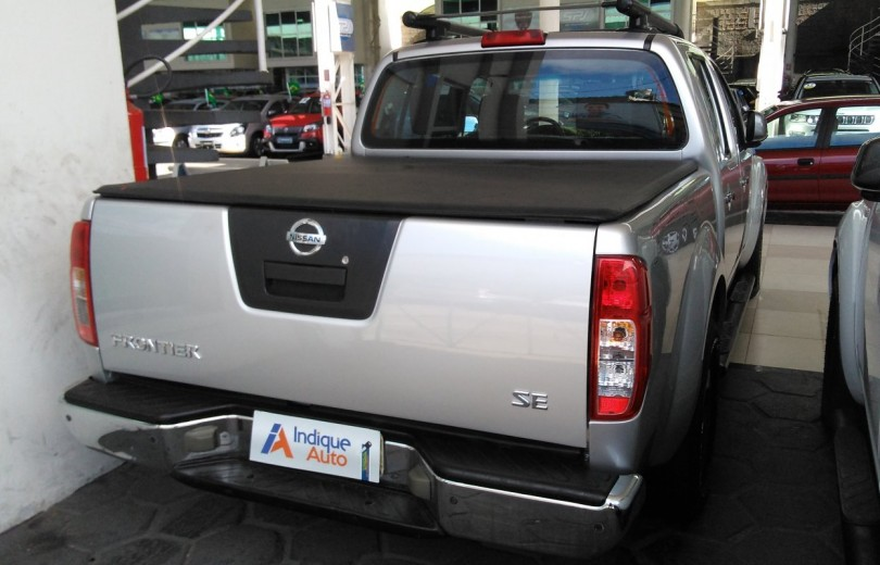 NISSAN FRONTIER 2013 2.5 SV ATTACK 10 ANOS 4X2 CD TURBO ELETRONIC DIESEL 4P MANUAL - Carango 67420 - Foto 3