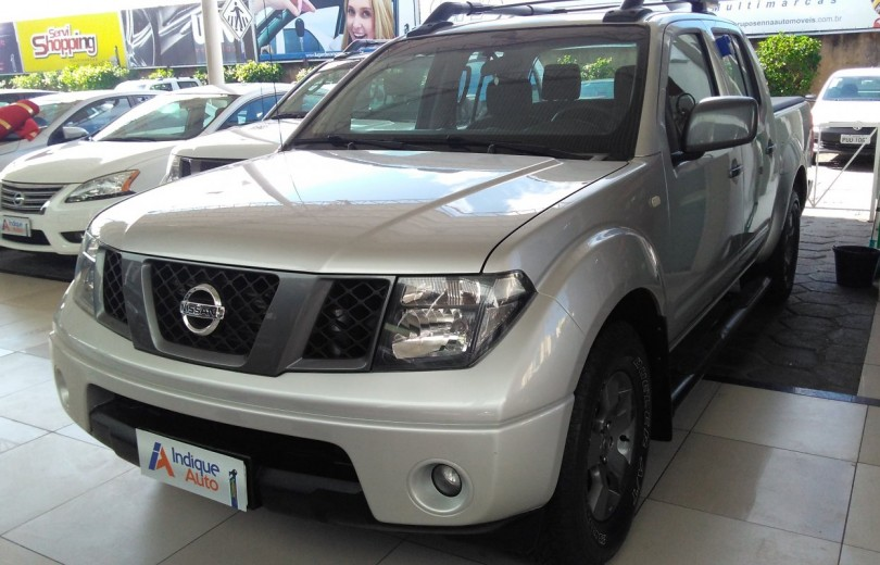 NISSAN FRONTIER 2013 2.5 SV ATTACK 10 ANOS 4X2 CD TURBO ELETRONIC DIESEL 4P MANUAL - Carango 67420 - Foto 1
