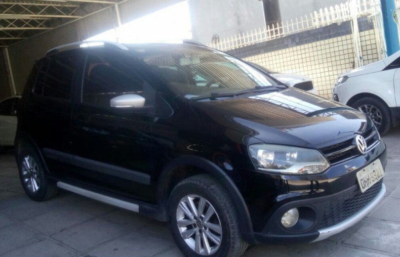 VOLKSWAGEN CROSSFOX 2014 1.6 MI 8V TOTAL FLEX 4P MANUAL - Carango 70516 - Foto 5