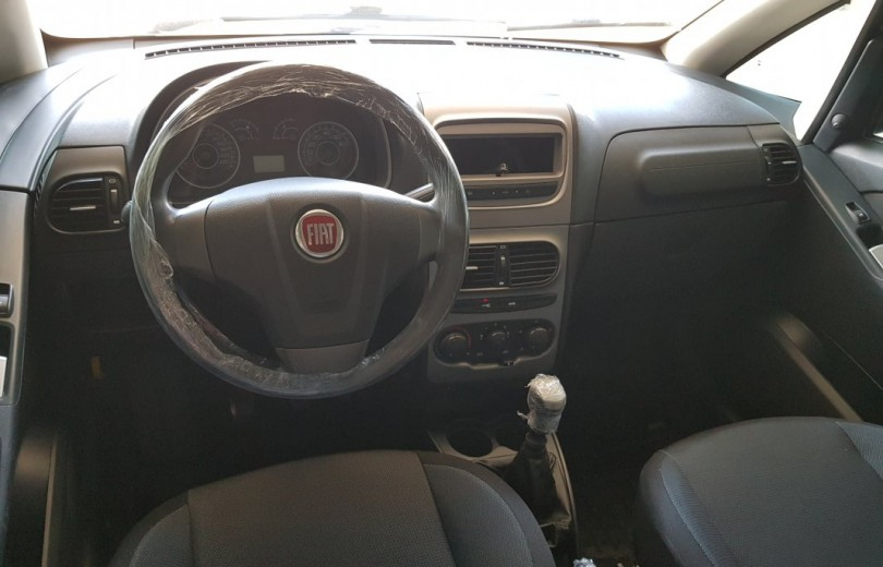 FIAT IDEA 2014 1.4 MPI ATTRACTIVE 8V FLEX 4P MANUAL - Carango 72178 - Foto 6