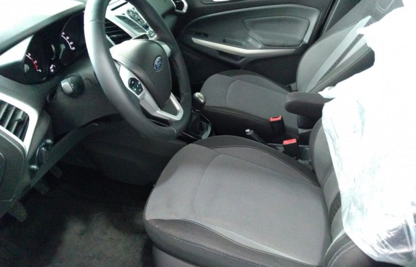 FORD ECOSPORT 2013 1.6 FREESTYLE 16V FLEX 4P MANUAL - Carango 71620 - Foto 8