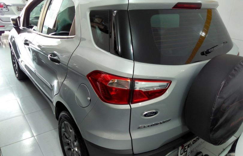 FORD ECOSPORT 2013 1.6 FREESTYLE 16V FLEX 4P MANUAL - Carango 71620 - Foto 4