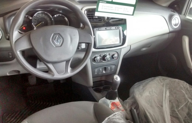 RENAULT LOGAN 2015 1.0 EXPRESSION UP 16V HI-FLEX 4P MANUAL - Carango 71643 - Foto 6