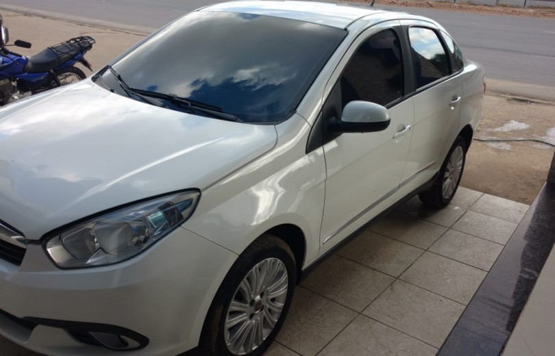 FIAT GRAND SIENA 2013 1.6 MPI ESSENCE 16V FLEX 4P MANUAL - Carango 73767 - Foto 1