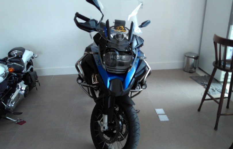BMW R 1200 GS ADVENTURE 2015 GASOLINA - Carango 75350 - Foto 2