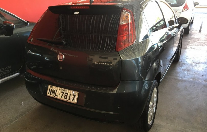 FIAT PUNTO 2012 1.4 ATTRACTIVE 8V FLEX 4P MANUAL - Carango 76609 - Foto 3