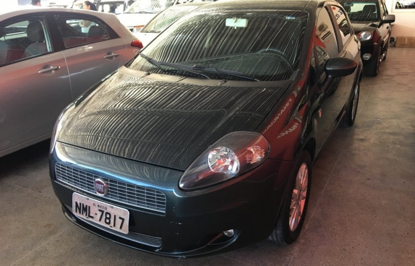 FIAT PUNTO 2012 1.4 ATTRACTIVE 8V FLEX 4P MANUAL - Carango 76609 - Foto 1