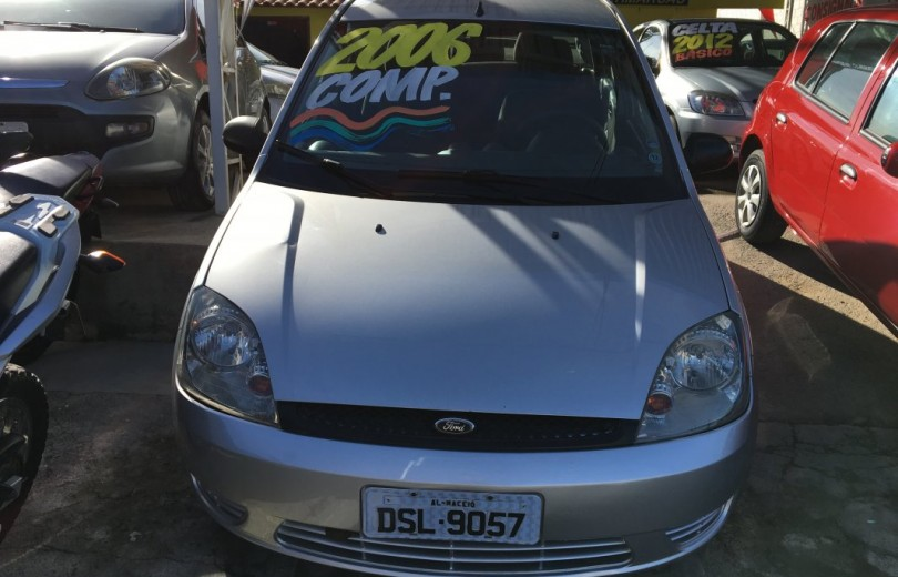 FORD FIESTA 2006 1.6 MPI SEDAN 8V FLEX 4P MANUAL - Carango 76648 - Foto 2