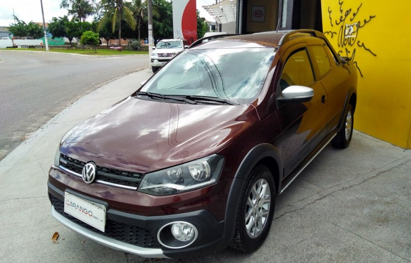 VOLKSWAGEN SAVEIRO 2015 1.6 CROSS CD 16V FLEX 2P MANUAL - Carango 76556 - Foto 1