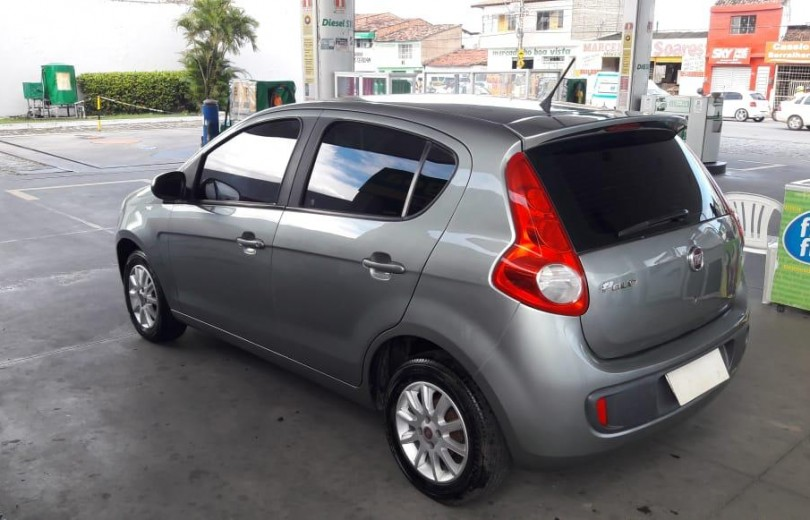 FIAT PALIO 2014 1.0 MPI ATTRACTIVE 8V FLEX 4P MANUAL - Carango 78455 - Foto 5