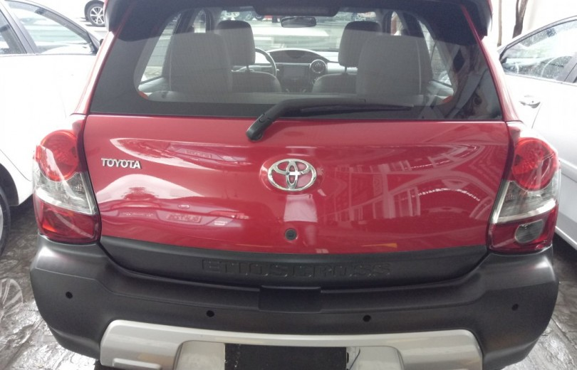 TOYOTA ETIOS CROSS 2016  1.5 16V FLEX 4P MANUAL - Carango 78732 - Foto 4