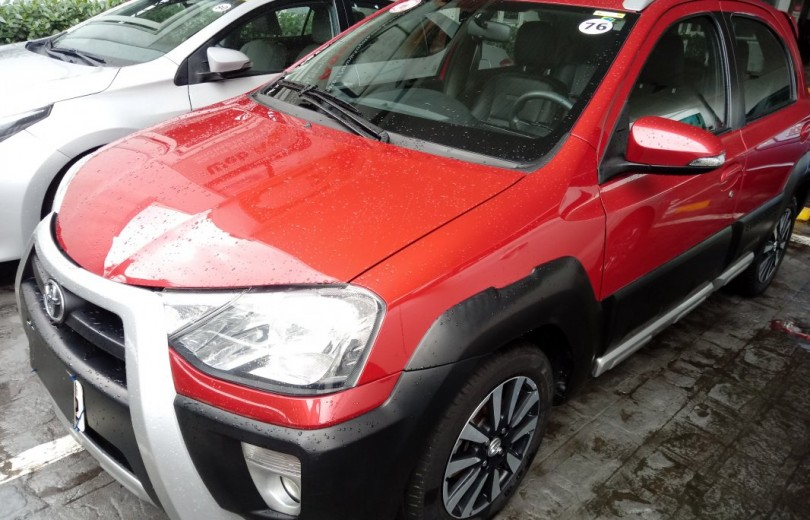 TOYOTA ETIOS CROSS 2016  1.5 16V FLEX 4P MANUAL - Carango 78732 - Foto 1