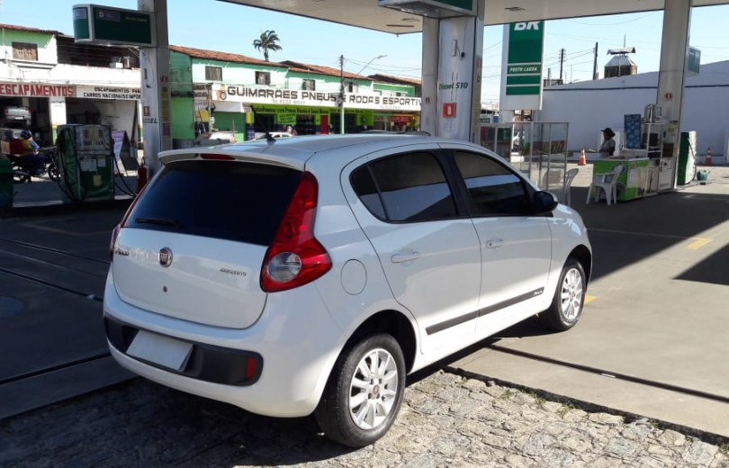 FIAT PALIO 2014 1.0 MPI ATTRACTIVE 8V FLEX 4P MANUAL - Carango 79407 - Foto 5