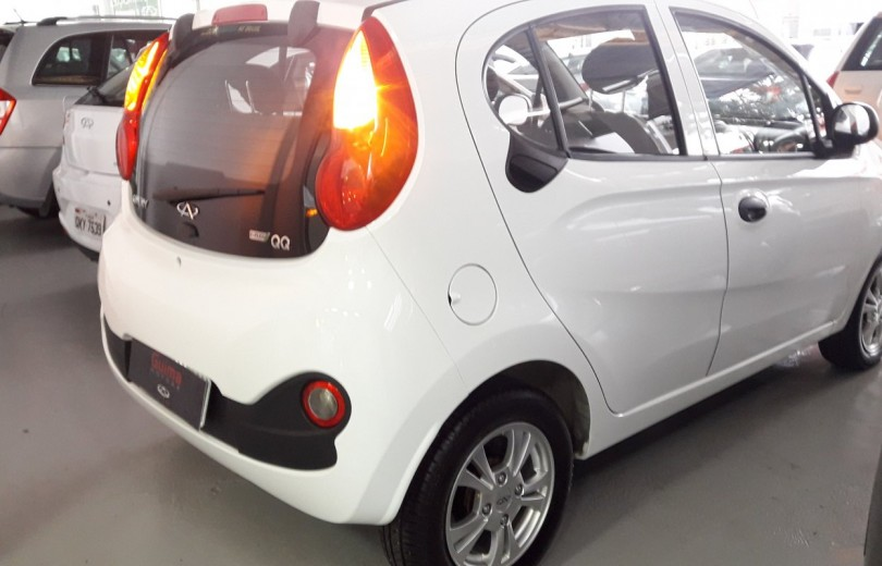 CHERY QQ 2019 1.0 MPFI ACT 12V FLEX 4P MANUAL - Carango 80336 - Foto 3