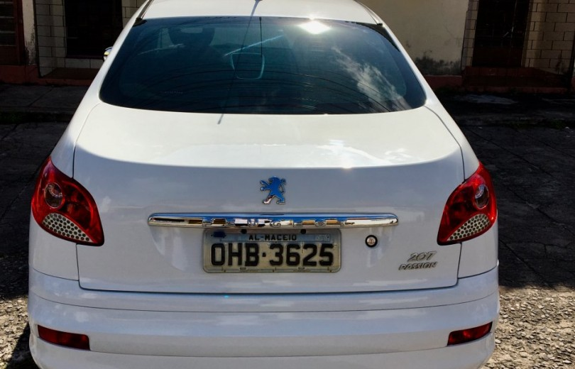 PEUGEOT 207 2012 1.6 XS PASSION 16V FLEX 4P MANUAL - Carango 80305 - Foto 4