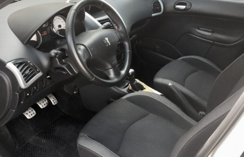 PEUGEOT 207 2012 1.6 XS PASSION 16V FLEX 4P MANUAL - Carango 80305 - Foto 5