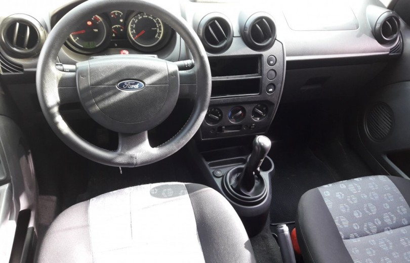 FORD FIESTA 2011 1.0 MPI CLASS 8V FLEX 4P MANUAL - Carango 82380 - Foto 6