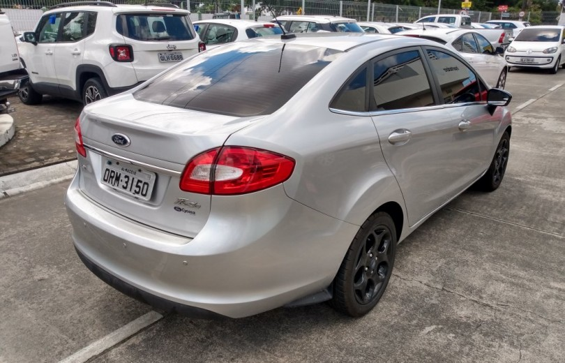 FORD FIESTA 2013 1.6 SE SEDAN 16V FLEX 4P MANUAL - Carango 81480 - Foto 3