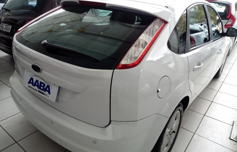 FORD FOCUS 2013 1.6 GLX 8V FLEX 4P MANUAL - Carango 81634 - Foto 3