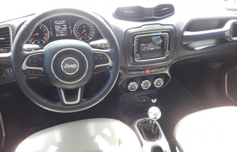 JEEP RENEGADE 2018 1.8 16V FLEX SPORT 4P MANUAL - Carango 81651 - Foto 6