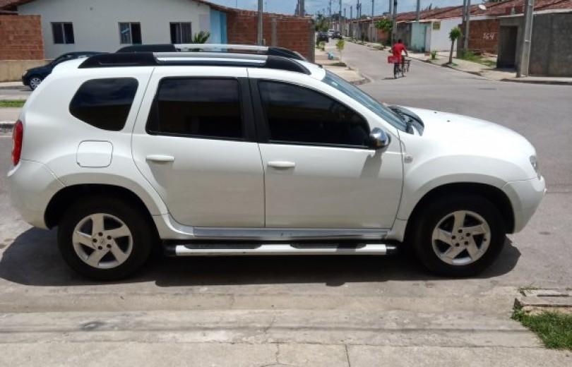 RENAULT DUSTER 2015 1.6 DYNAMIQUE 4X2 16V FLEX 4P MANUAL - Carango 82327 - Foto 5