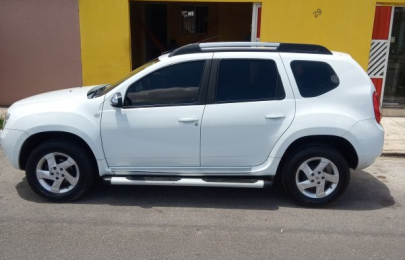 RENAULT DUSTER 2015 1.6 DYNAMIQUE 4X2 16V FLEX 4P MANUAL - Carango 82327 - Foto 1