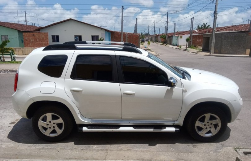 RENAULT DUSTER 2015 1.6 DYNAMIQUE 4X2 16V FLEX 4P MANUAL - Carango 82327 - Foto 3