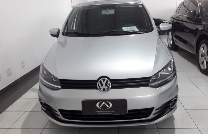 VOLKSWAGEN FOX 2015 1.0 MI 8V TOTAL FLEX 2P MANUAL - Carango 81916 - Foto 2