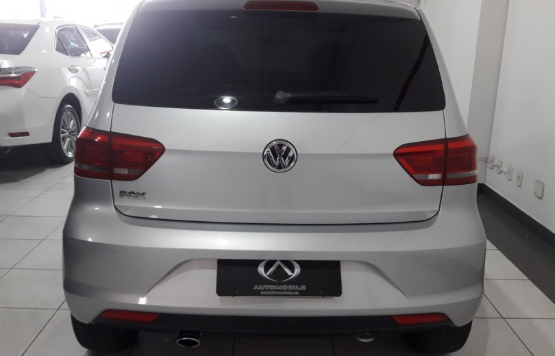 VOLKSWAGEN FOX 2015 1.0 MI 8V TOTAL FLEX 2P MANUAL - Carango 81916 - Foto 4