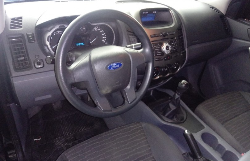 FORD RANGER 2013 2.5 XLS 4X2 CD 16V FLEX 4P MANUAL - Carango 83160 - Foto 6