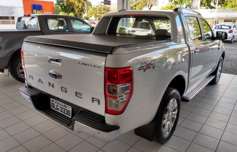 FORD RANGER 2017 3.2 LIMITED 4X4 DIESEL 4P AUTOMÁTICO - Carango 82664 - Foto 3