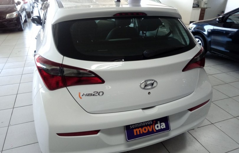 HYUNDAI HB20 2019  1.0 UNIQUE 12V FLEX 4P MANUAL - Carango 83118 - Foto 4