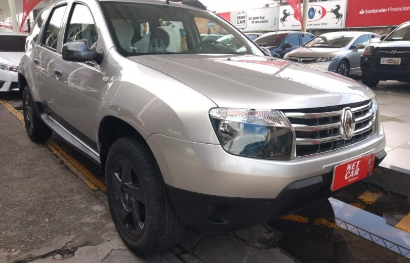 RENAULT DUSTER 2015 1.6 OUTDOOR 4X2 16V FLEX 4P MANUAL - Carango 82442 - Foto 7