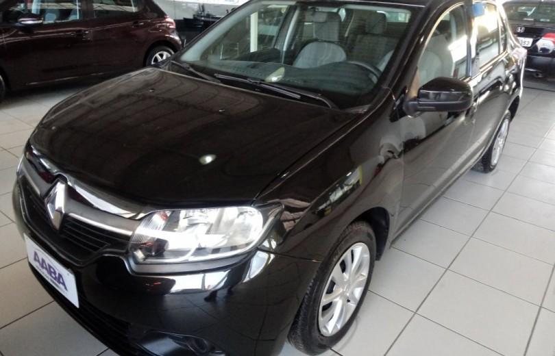 RENAULT LOGAN 2016 1.0 EXPRESSION 8V HI-FLEX 4P MANUAL - Carango 82750 - Foto 1