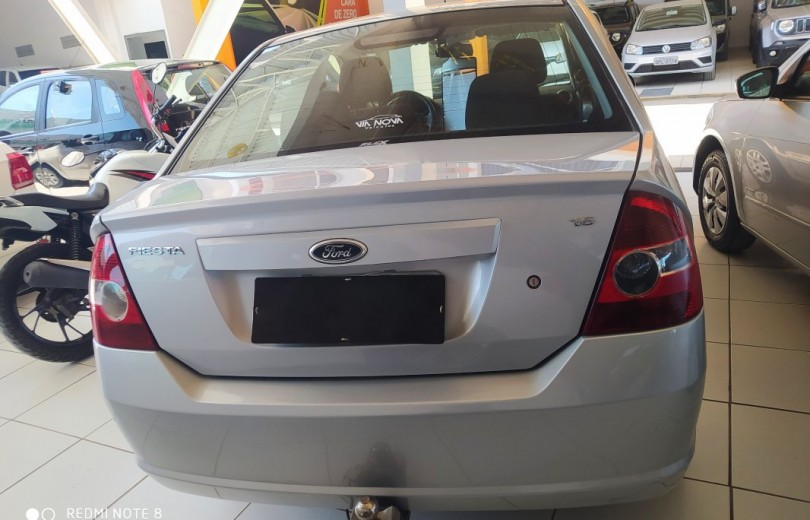 FORD FIESTA 2010 1.6 MPI SEDAN CLASS 8V FLEX 4P MANUAL - Carango 83418 - Foto 4