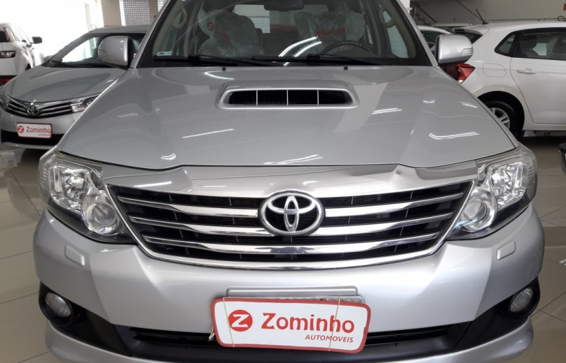 TOYOTA HILUX 2013  3.0 SRV 4X2 CD 16V TURBO INTERCOOLER DIESEL 4P MANUAL - Carango 83458 - Foto 2