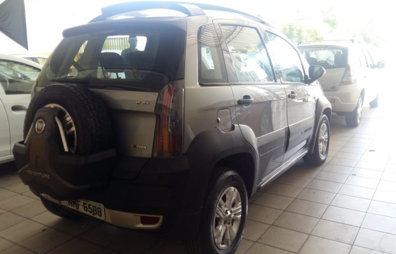 FIAT IDEA 2011 1.8 MPI ADVENTURE 16V FLEX 4P MANUAL - Carango 84349 - Foto 3