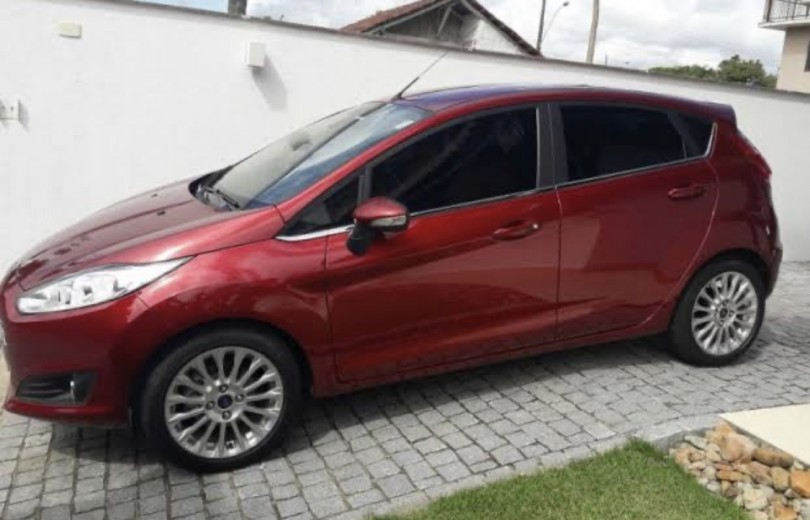 FORD NEW FIESTA 2015 1.5 SE HATCH 4P MANUAL FLEX - Carango 85669 - Foto 1