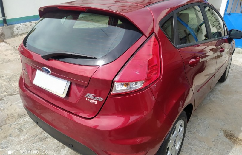 FORD NEW FIESTA 2016 1.6 SE HATCH 16V FLEX 4P POWERSHIFT - Carango 85631 - Foto 3